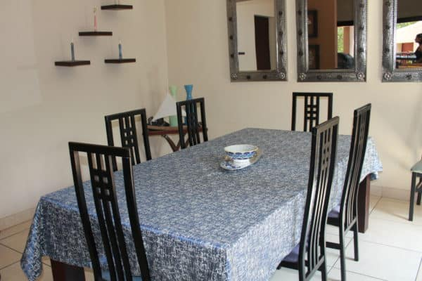 contemporary-custom-made-table-cloth-6-to-12-seater-or-to-fit-your-table-pollock-inspiration-reversible