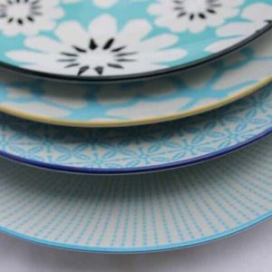 patterned-porcelain-side/cake-plate- set-of-4-turquoise