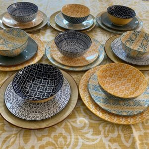 Dinner-Set-Yellow-And-Blue